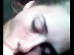 Пассажирка в анальном видео от первого лица трахается в попу после минета