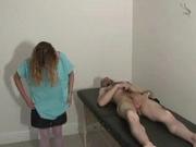 Медсестра сделала бесплатно мастурбацию члена возбуждённому пациенту