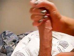 Любительская мастурбация большого члена в видео от первого лица крупным планом