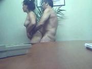 Супружеская измена зрелой жены в любительском видео снята скрытой камерой
