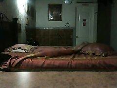 Скрытая камера в спальне запечатлела любительское видео с латинской парой