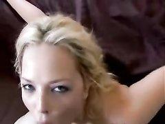 Фигуристая блондинка с красивой попой трахнута в домашнем видео от первого лица
