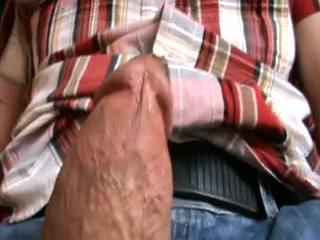 Мастурбация до оргазма домашнее