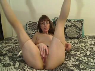 Русские домашняя мастурбация пальчиками