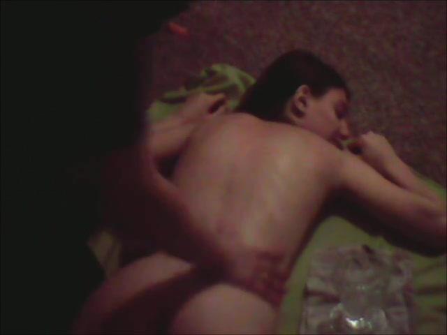 Смотреть эротический массаж сделанный любовником для чувственной брюнетки