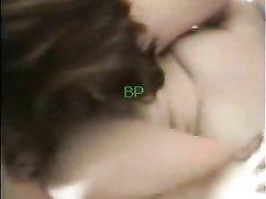 Смуглые красотки в лесбийском видео предались любителськой мастурбации и куни