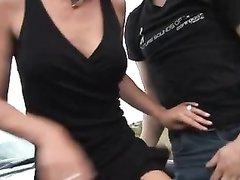 Немецкая зрелая брюнетка в любительском анальном видео с куни и минетом