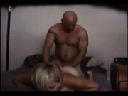 Скрытая камера снимает любительский секс зрелой соблазнительницы с поклонником