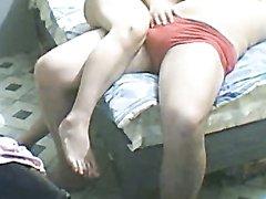 Скрытая камера с близкого расстояния записала любительский секс страстной пары