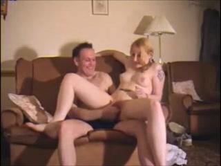 Молодая блонди трахает хом видео фото 607-354