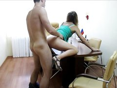 Домашняя скрытая камера снимает русскую пару трахающуюся после куни и минета