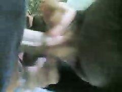 Молодая брюнетка от первого лица ублажает парня любительским минетом