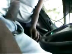 Индийская пассажирка расплатилась с таксистом домашним минетом от первого лица