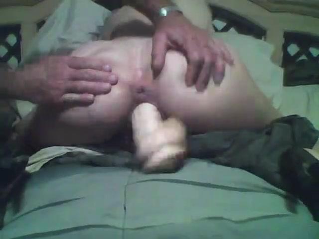 Муж присутствует при любительской мастурбации супруги с секс игрушкой