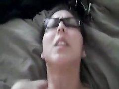 Азиатка от первого лица трахается в киску с белым парнем на любительскую камеру