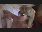 Зрелая блондинка подставила попу анальному любовнику кончившему в рот