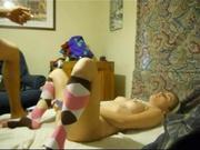 Молодая проститутка трахается на карачках после любительского минета