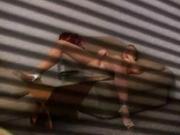Подглядывание за домашней мастурбацией девушки через скрытую камеру