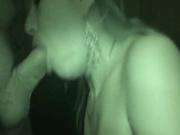 Блондинка на вебкамеру строчит любительский минет и трахается в сочную киску