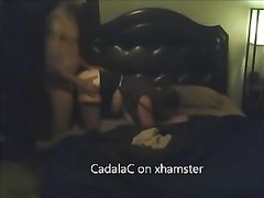 Любительское окончание внутрь из чёрного члена в зрелую киску белой дамы в чулках
