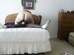 Домашнее подглядывание за изменой толстой блондинки с нежным негром