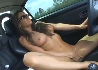 Секс похоть в машине