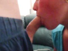 Соседка дрочит член и строчит домашний минет от первого лица для окончания в рот