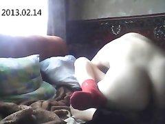 Русская студентка перед домашней вебкамерой трахается для окончания на лицо
