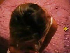 Смуглая шалава после домашнего минета трахается в анал от первого лица