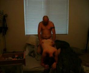 Любительское подглядывание по скрытой камере за супружеской изменой зрелой леди