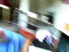В постели немецкая домохозяйка в чулках трахается в анал в разных позах
