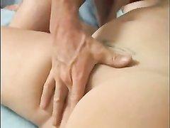 Рыжая толстуха мастурбирует киску и делает минет бритоголовому любовнику