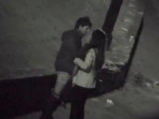 Уличная порно скрытая камера