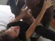 Домашний хардкор негр с фигуристой белой девушкой обожающей чёрный член