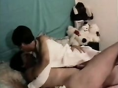 Зрелая француженка сделав домашний минет трахается в анал с молодым парнем