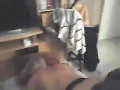 Скрытая камера снимает любительский анал замужней блондинки с негром