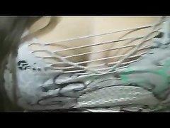 Толстая брюнетка от первого лица чеканит домашний минет и лижет яйца партнёра