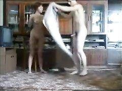 Вечерний любительский секс зрелой русской женщины с похотливым студентом