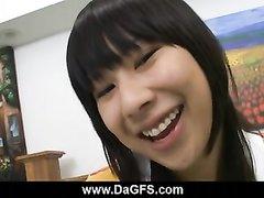 Молодая азиатская любовница сделала соседу идеальный минет крупным планом