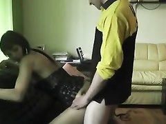 Домашний анальный секс с минетом и окончанием на лицо стройной девушки