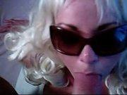 Минет и домашний анальный секс с окончанием на лицо молодой блондинки в очках