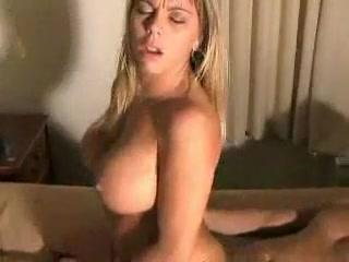 Секси с большими титьками