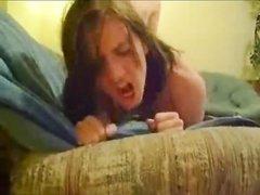 Любительский хардкор с молодой проституткой трахающейся на карачках