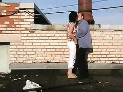 Подглядывание любительского секса озабоченной парочки возле стройки