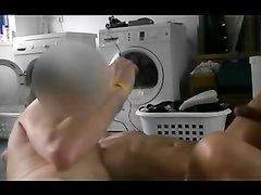 Горячий любительский секс втроём зрелой развратницы с напарниками по работе