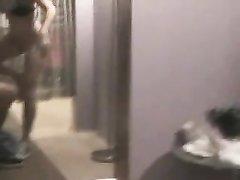 Хардкор с нежной молодой брюнеткой трахающейся после любительского минета