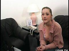 Француженка с большими сиськами после куни и минета трахнута в анал любовником