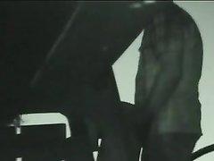Подглядывание по домашней скрытой камере за супружеской изменой развратницы