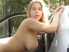Любительский анальный секс с окончанием на лицо молодой рыжей девушки