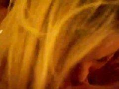 Зрелая грудастая блондинка от первого лица сосёт член возбуждённого любовника